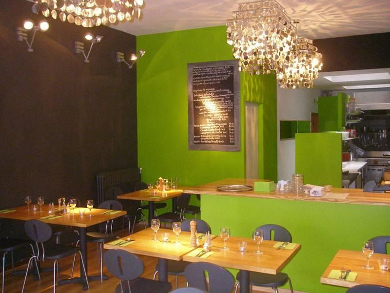 Moderato italiaans restaurant antwerpen yozo for Openingsuren interieur 2000