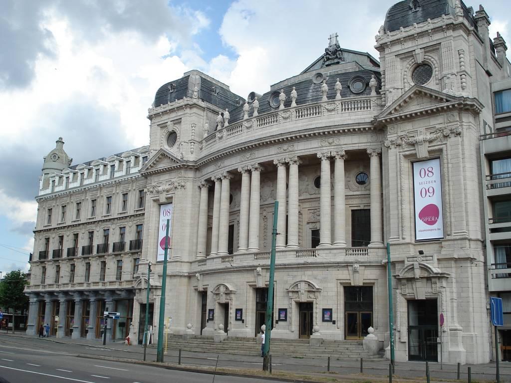 Vlaamse opera antwerpen toerisme antwerpen yozo for Openingsuren interieur 2000